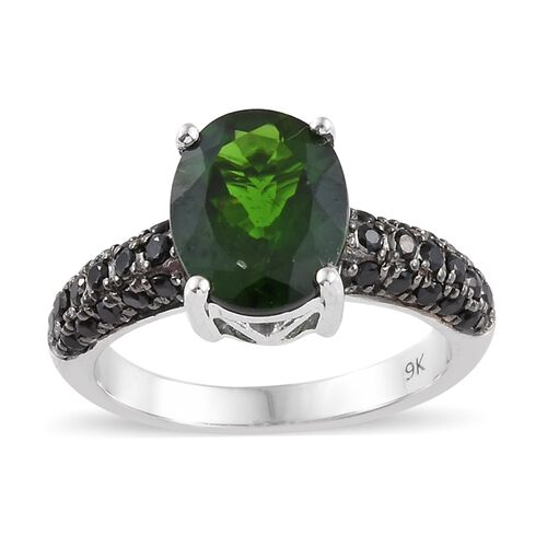 3.25 Ct AAA Russian Diopside and Black Spinel Solitaire Design Ring in 9K White Gold 4.05 Grams