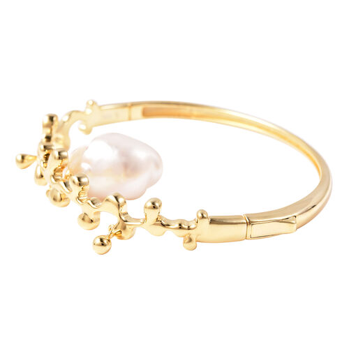 LucyQ Baroque Freshwater White Pearl Splash and Drip Design Bangle (Size 7.5) in Yellow Gold Overlay Sterling Silver, Silver wt 21.60 Gms