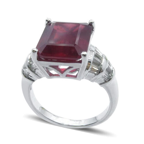 African Ruby (Oct 9.50 Ct), White Topaz Ring in Rhodium Plated Sterling Silver 10.000 Ct.