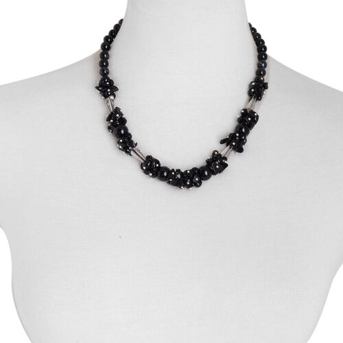 Black Agate, Simulated Black Spinel and Simulated Grey Moonstone Necklace (Size 20) in Silver Tone