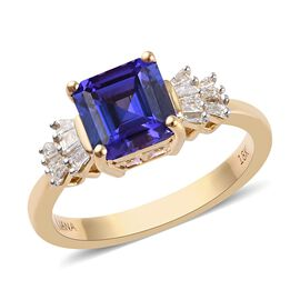 ILIANA 18K Yellow Gold AAA Tanzanite and Diamond (SI/G-H) Ring 2.15 Ct.