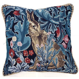 Signare Tapestry Art - Cushion Cover Inspired by William Morris The Hare (45x45cm)
