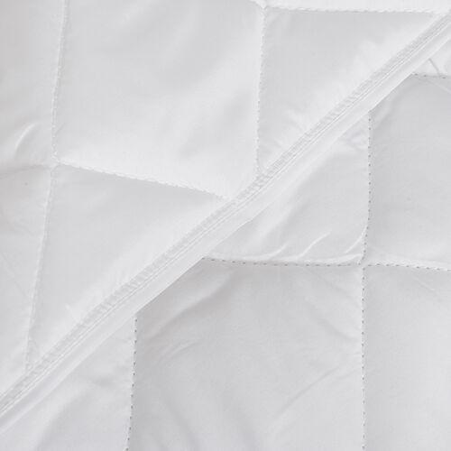 White Colour Diamond Pattern Microfiber Summer Duvet (Single Size 200x135 Cm)