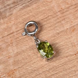 Charms De Memoire Hebei Peridot (Ovl) Charm in Platinum Overlay Sterling Silver 0.75 Ct.