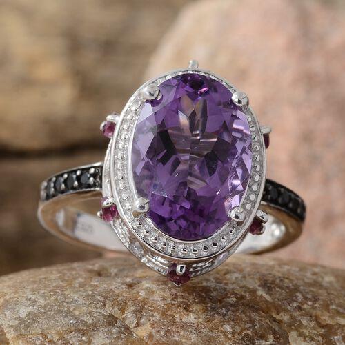 GP Amethyst (Ovl 5.25 Ct), Rhodolite Garnet, Kanchanaburi Blue Sapphire and Boi Ploi Black Spinel Ring in Platinum Overlay Sterling Silver 6.000 Ct.