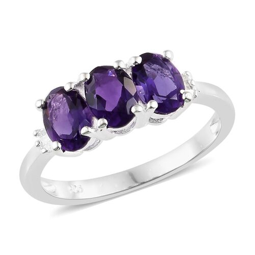 Amethyst (Ovl), Diamond Trilogy Ring in Sterling Silver 2.000 Ct.
