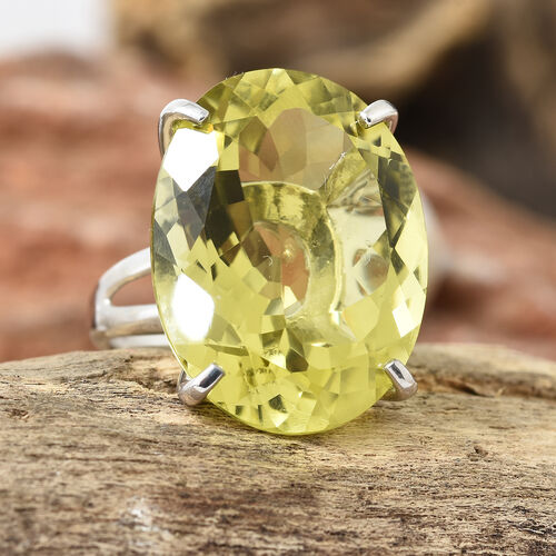 Natural Ouro Verde Quartz (Ovl 24x18 mm) Ring in Platinum Overlay Sterling Silver 26.000 Ct, Silver wt 5.00 Gms.