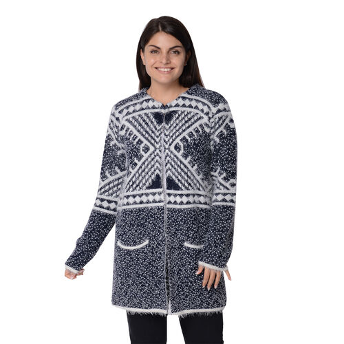 Soft and Smooth Winter Africa Addio Pattern Sweater Coat with 2 Pockets (Size 53x81 Cm) - Navy and W