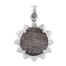 7.86 Ct Meteorite Floral Pendant in Platinum Plated Sterling Silver