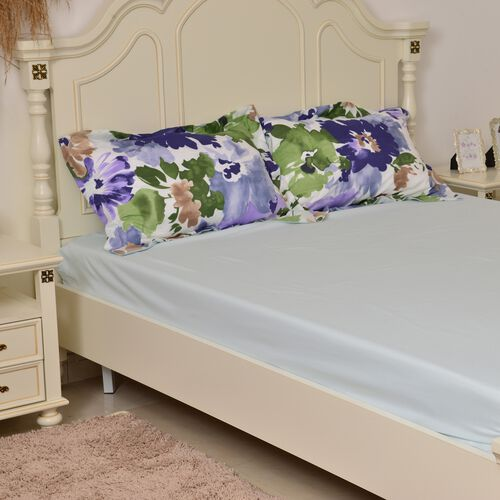 Purple and Multi Colour Floral Pattern Microfiber Reversible Quilt (Size 260X240 Cm) and 2 Pillow Shams (Size 70X50 Cm)