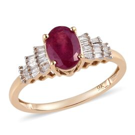 Super Auction - 9K Yellow Gold AAA African Ruby (Ovl) and Diamond Ballerina Ring 1.25 Ct.