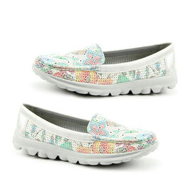 Heavenly Feet Sunflower Slip On Loafer in White and Silver (Size 6)
