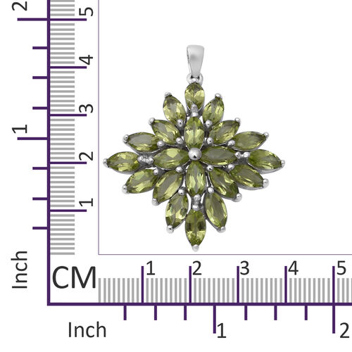 AA Hebei Peridot Cluster Pendant in Rhodium Overlay Sterling Silver 10.00 Ct, Silver wt 6.65 Gms