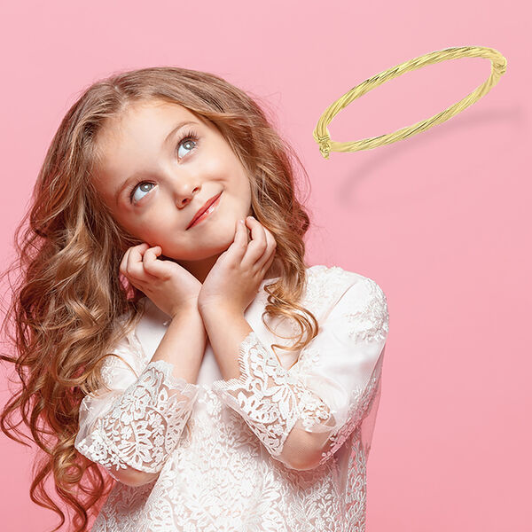 Twist Oval Bangle for Children in 9K Gold Size 5 Inch