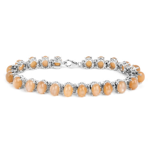Mitiyagoda Peach Moonstone (Ovl), Diamond Bracelet in Platinum Overlay Sterling Silver (Size 7.5) 31.000 Ct. Silver wt 12.00 Gms.