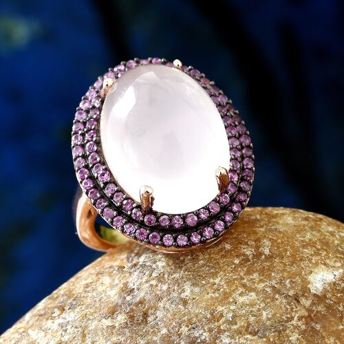 Rare Size Rose Quartz (Ovl 18x13mm) and Pink Sapphire Ring in Rose Gold and Black Overlay Sterling Silver 13.500 Ct, Silver wt 5.70 Gms.