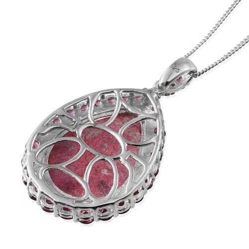 Norwegian Thulite (Pear 13.25 Ct), Rhodolite Garnet Pendant With Chain in Platinum Overlay Sterling Silver 15.500 Ct.