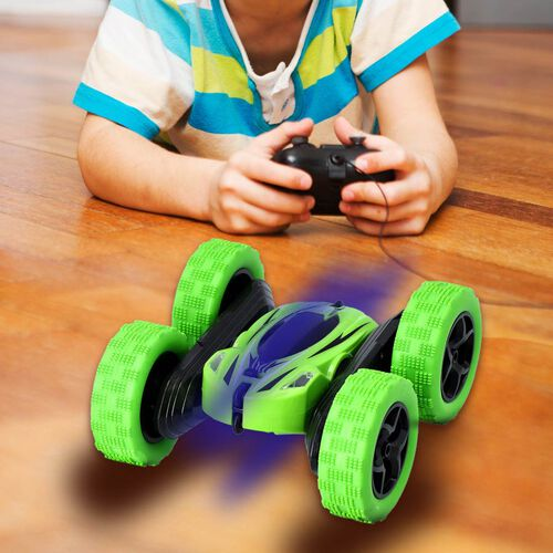 360 Rotating Stunt Toy Car with Controller - Green