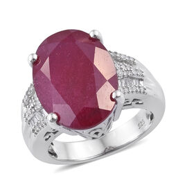 12.5 Ct African Ruby and Diamond Solitaire Design Ring in Sterling Silver 6.86 Grams
