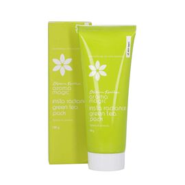 Blossom Kochhar: Aroma Magic Insta Radiance Green Tea Pack - 100gm