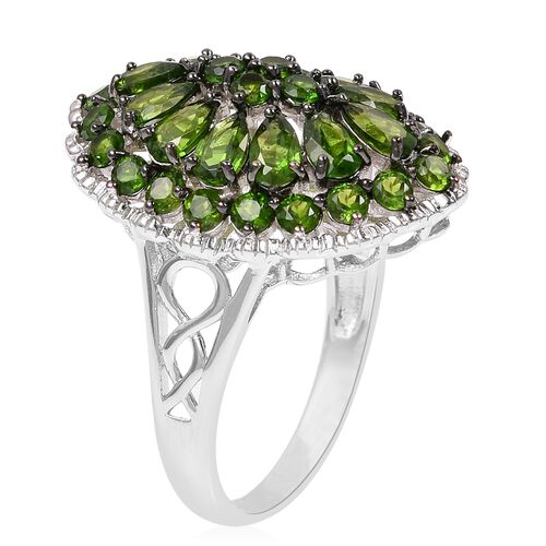 Russian Diopside (Pear and Rnd) Cluster Ring in Rhodium Overlay Sterling Silver 5.000 Ct.
