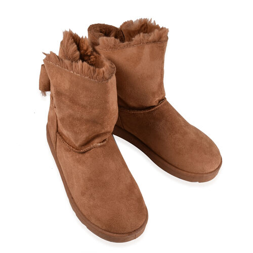 Camel Colour Faux Fur Lined Ankle Boots (Size 6)