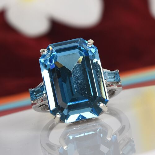 J Francis Crystal from Swarovski - Aquamarine Crystal Solitaire Ring in Platinum Overlay Sterling Silver
