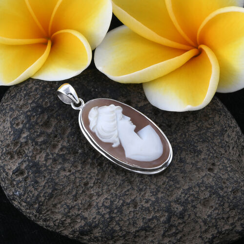 Royal Bali Collection (Ovl) Cameo Pendant in Sterling Silver