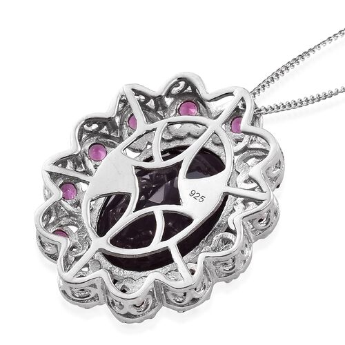 Colour Change Alexandrite Quartz (Ovl 13.55 Ct), Purple Garnet Pendant With Chain in Platinum Overlay Sterling Silver 15.250 Ct. Silver wt 5.88 Gms.
