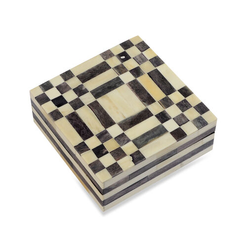 Chequered Pattern Handmade Bone and MDF Storage Box with Inside Velvet Lining (Size 15.5x15.5x6 Cm) - Black and White