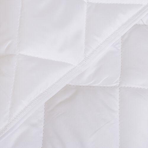 Luxury Edition-White Colour Diamond Pattern Microfiber Summer Duvet (King Size 225x220 Cm)