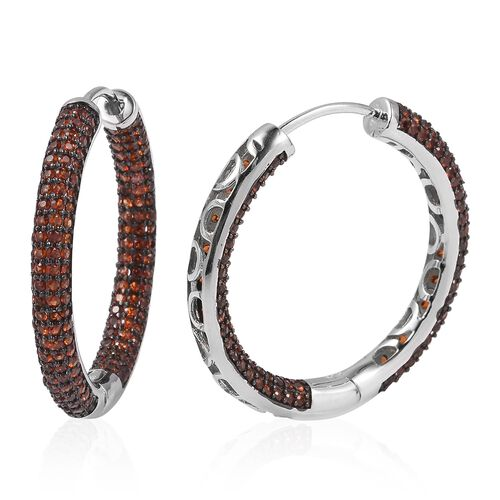 Mozambique Garnet (Rnd) Hoop Earrings in Two Tone Plating Sterling Silver 7.500 Ct, Silver wt 9.7 Gms.