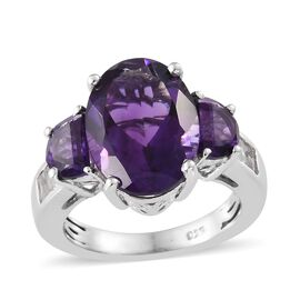 Lusaka Amethyst (Ovl), White Topaz Ring in Platinum Overlay Sterling Silver 6.500 Ct