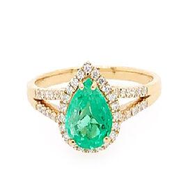 ILIANA 18K Yellow Gold AAA Boyaca Colombian Emerald (Pear 7.9x6.17mm), Diamond (SI/G-H) Ring 1.40 Ct