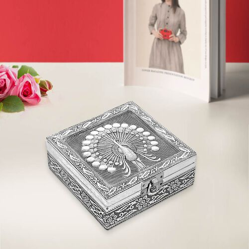 3D Embossed Collection Handcrafted Peacock Oxidised Jewellery Box (Size 12.7x12.7 Cm) with Blue Velv