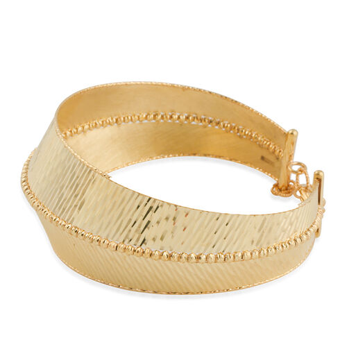 Italian Made 9K Yellow Gold Diamond Cut Bangle (Size 7 with 1 inch Extender), Gold wt 12.48 Gms.