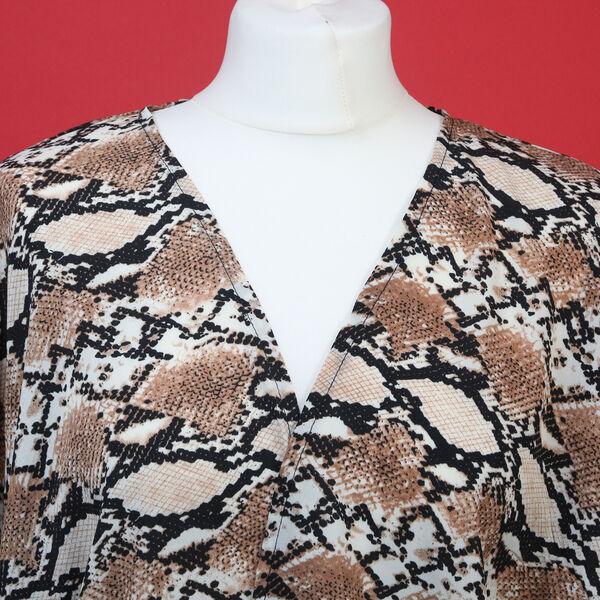 Duster Kimono with Sleeve and Hem Fringe (Size 110x65+15cm)