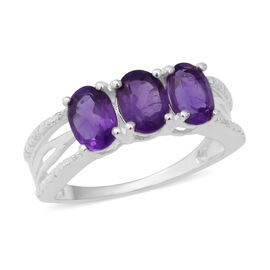 Amethyst (Ovl) Trilogy Ring in Sterling Silver 2.16 Ct.