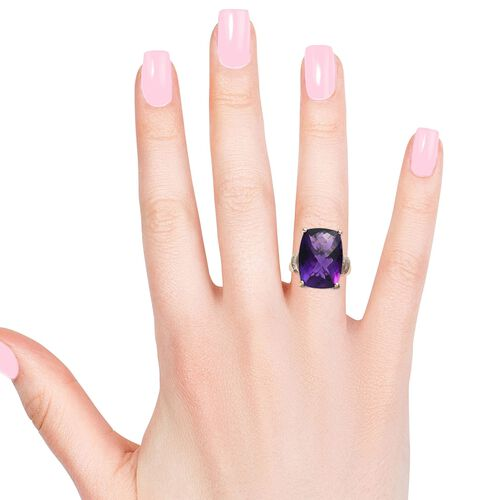 9K Yellow Gold Extremely Rare Size AAA Zambian Amethyst (Cush 18x13mm) and Diamond Ring 13.25 Ct.