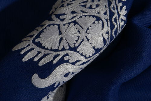 100% Merino Wool Blue and White Colour Embroidered Scarf with Fringes (Size 200x70 Cm)