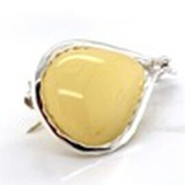 Natural Butterscotch Baltic Amber Brooch in Sterling Silver, Silver wt 5.49 Gms