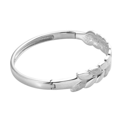 RACHEL GALLEY Platinum Overlay Sterling Silver Leaf Design Bangle (Size 7)