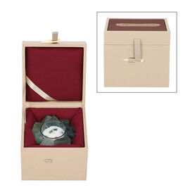 The 5th season Green Quartz Candle with Wooden Gift Box in Green (Fragrance : Mango and Peach Salad)