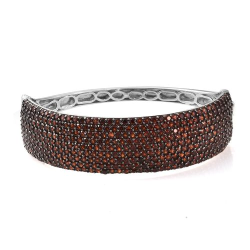 Mozambique Garnet (Rnd) Bangle (Size 7.5) in Platinum Overlay Sterling Silver 21.000 Ct, Silver wt 32.20 Gms, Number of Gemstone 361.