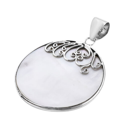 Royal Bali Collection - Mother of Pearl Round Pendant in Sterling Silver