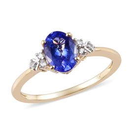 1.05 Ct Tanzanite and Natural Diamond Solitaire Ring in 9K Yellow Gold