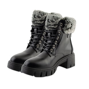 DOD - Black Fur Collar Cleated Hiker Boots (Size 6)
