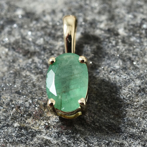 9K Yellow Gold AA Kagem Zambian Emerald (Ovl) Pendant 0.450 Ct.