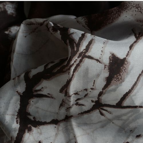 100% Mulberry Silk Chocolate and White Colour Printed Pareo (Size 180x100 Cm)
