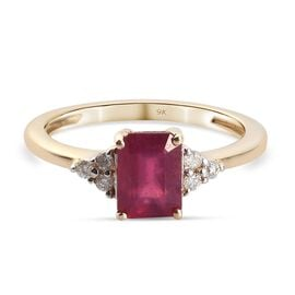 9K Yellow Gold  African Ruby (FF) and Diamond Ring 1.68 Ct